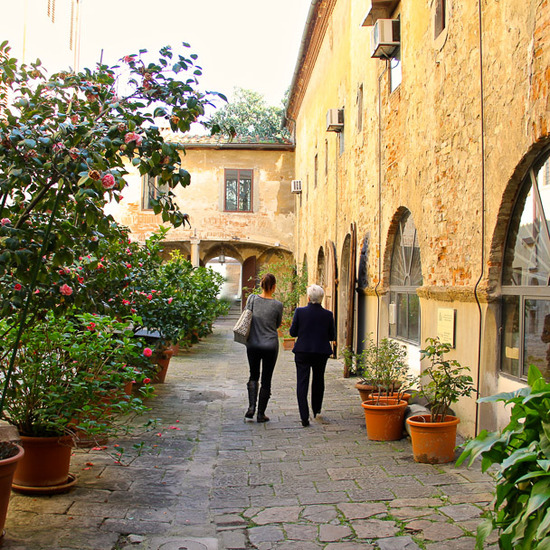 Scuoladelcuoio_lost_in_florence_8