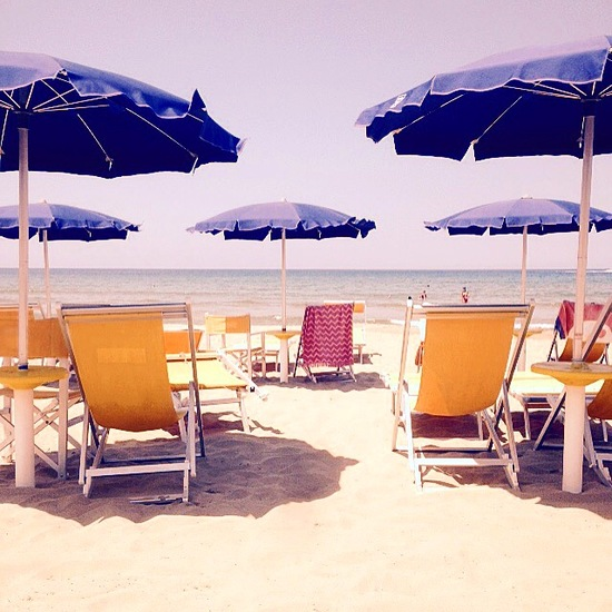 Nardia_plumridge_italy_beach